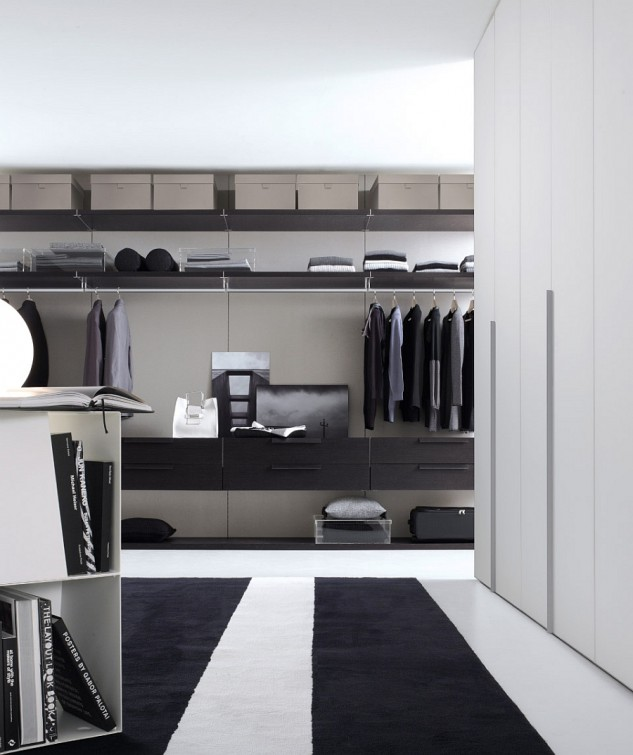 nice-stripped-area-rug-in-elegant-neutral-closet-design-with-massive-open-cloth-storage-633x755