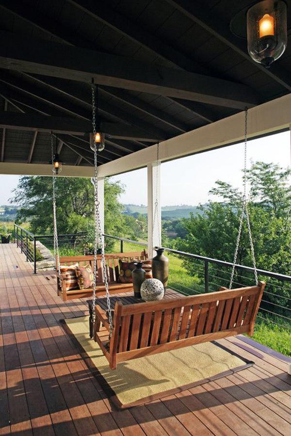 outdoor-swing-farmhouse