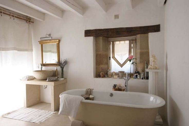rustic-barn-bathrooms-_