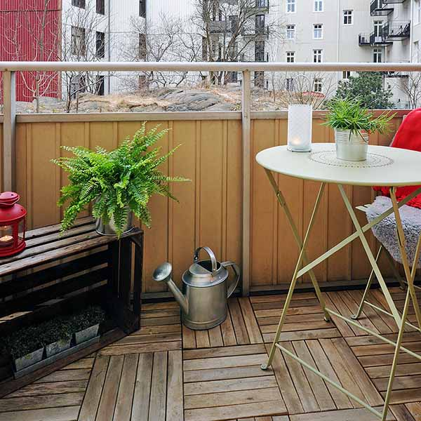 Spring decorating ideas small balcony deck