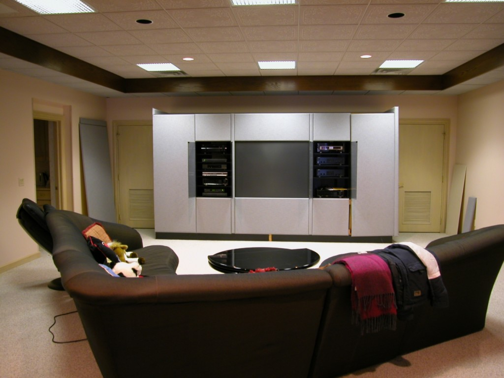 unusual-sectional-sofa-also-contemporary-media-room-decor