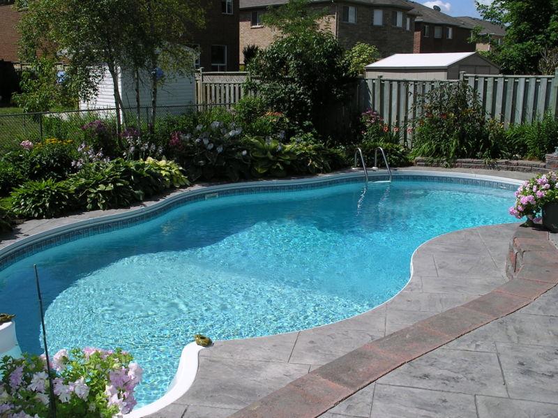Backyard-Pool-Designs