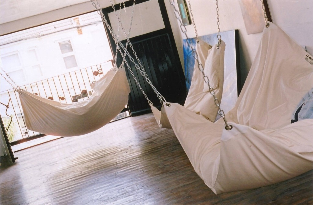 Cool-Indoor-Hammock-Le-Beanock-