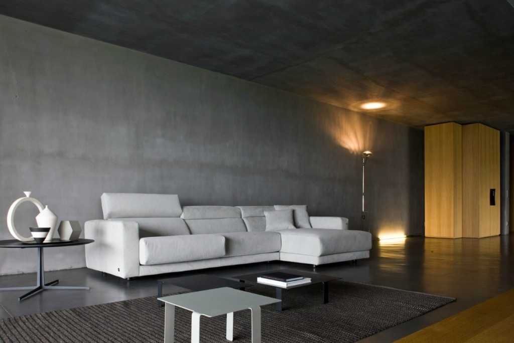 Minimalist-Living-Room-with-Concrete-Wall
