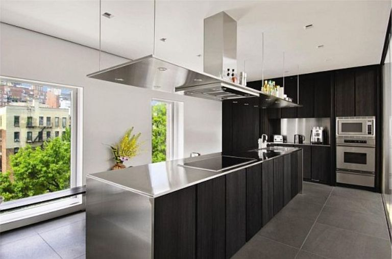 Modern Kitchen Design With Stainless Steel Furniture