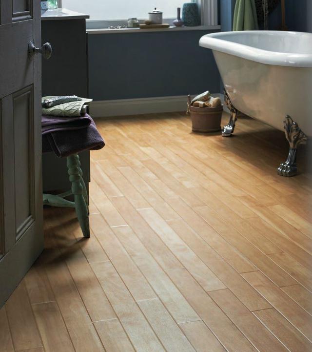 Small-Bathroom-Flooring-Ideas---Luxukry-Vinyl-Plank