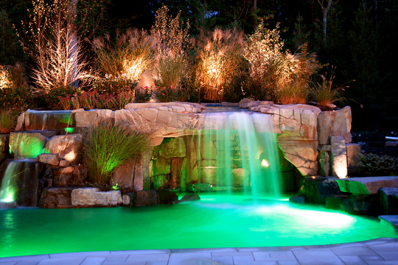 backyard-luxury-swimming-pool-waterfall-