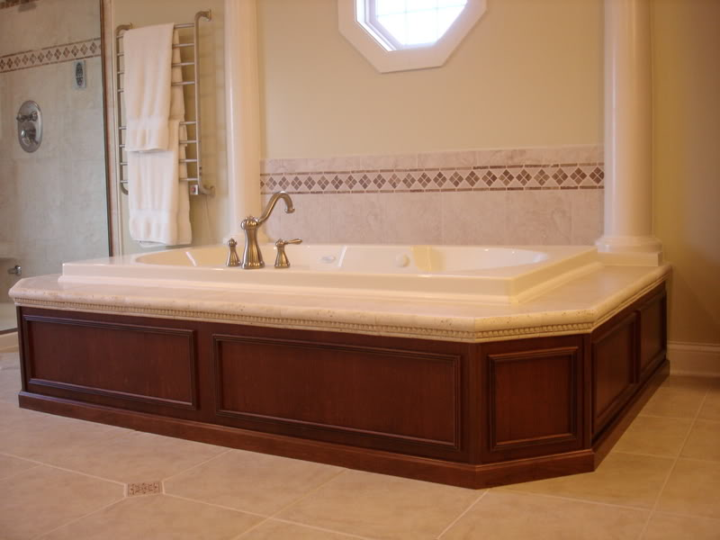 20 beautiful and relaxing whirlpool tub designs for Decorating ideas tub surround