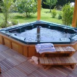 25 Stunning Garden Hot Tub Designs