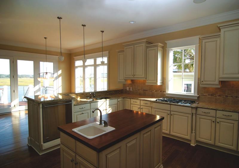 20 gorgeous kitchen sink ideas - Kitchen island ideas with sink ...