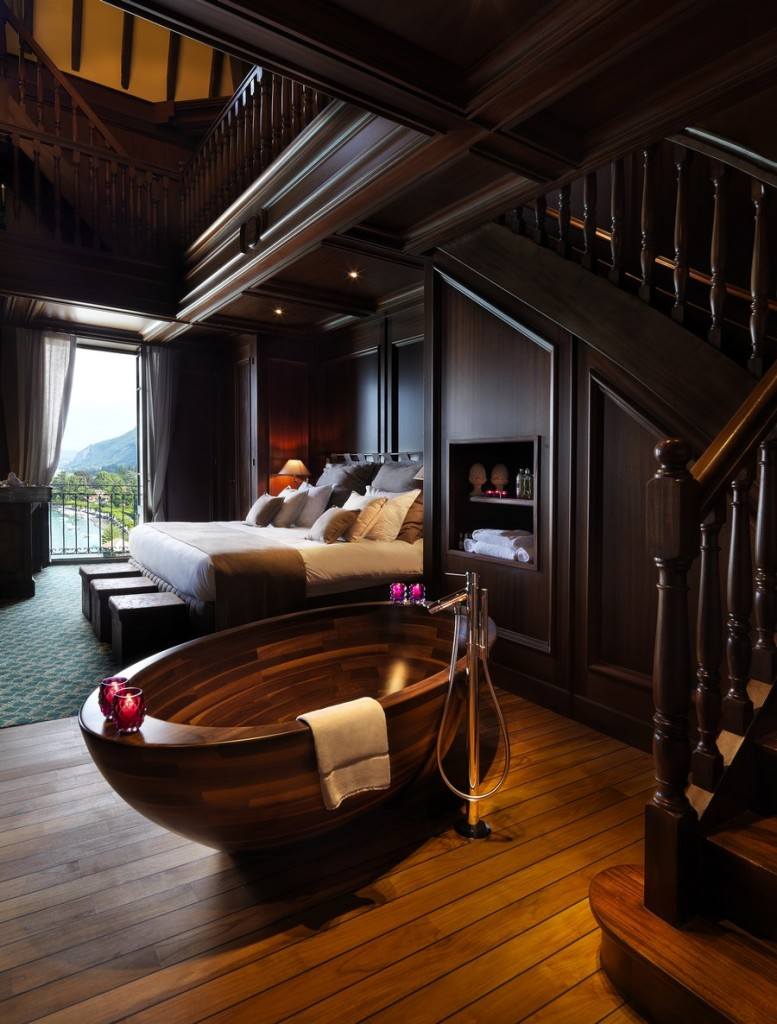 front-view-luxury-wooden-room