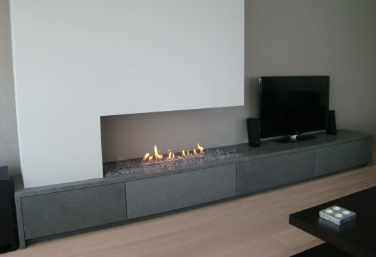 interior-ultra-modern-style-of-fireplace-of-living-room