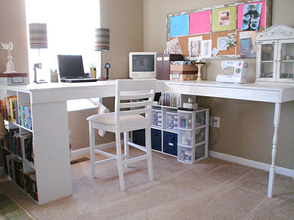 practical-diy-desks-for-your-home-office-with-modern-