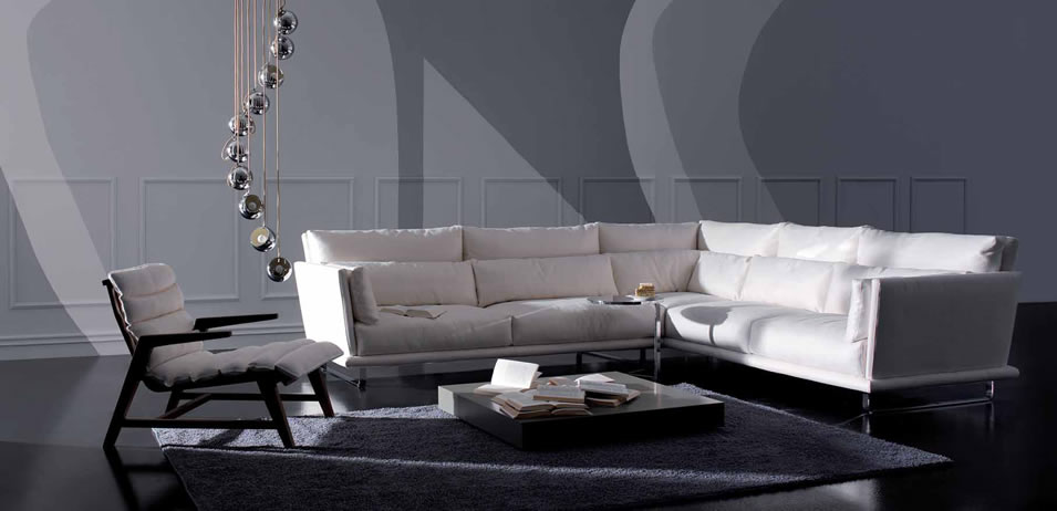 18 sophisticated italian sofa designs for Design italia furniture