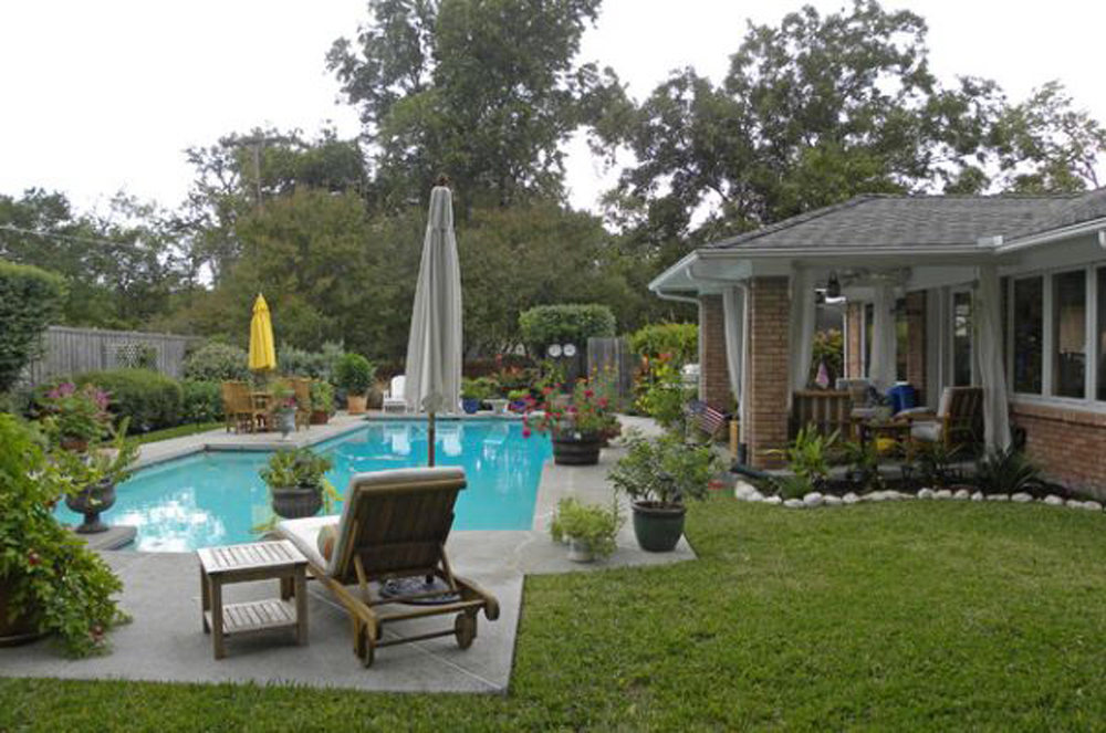 traditional-backyard-pool-ideas