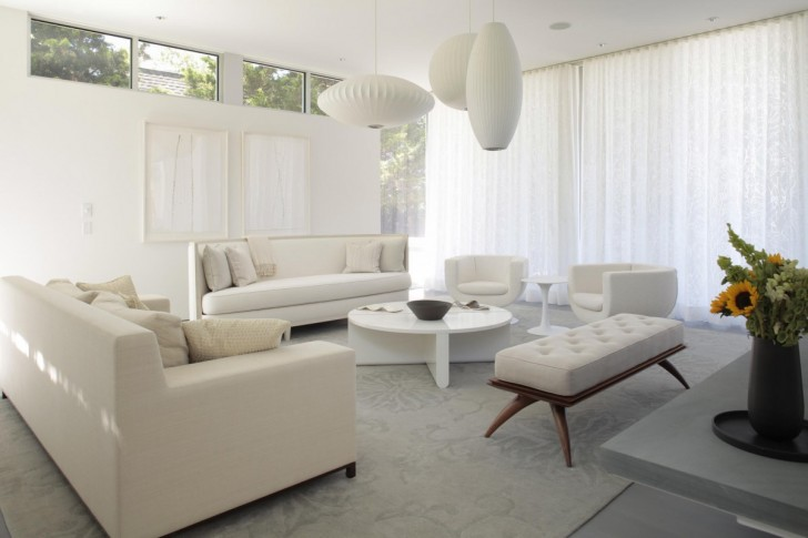 white-living-room-minimalist-decoratio