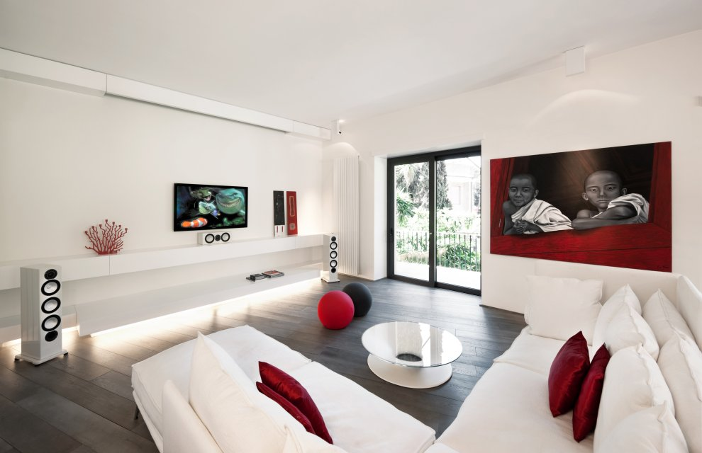 white-modern-living-room-design-inspiration