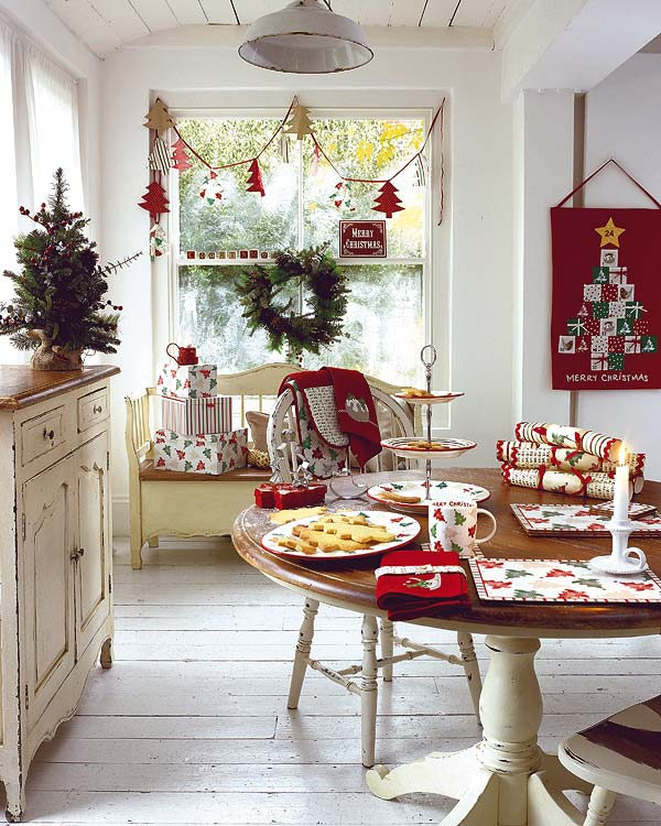 Amazing-Small-Dining-Room-Decoration-for-Christmas