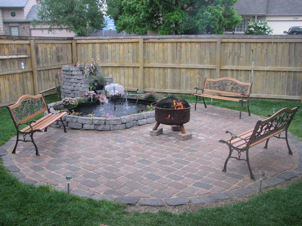 Backyard-Ground-Outdoor-Fire-Pit-Design-Ideas
