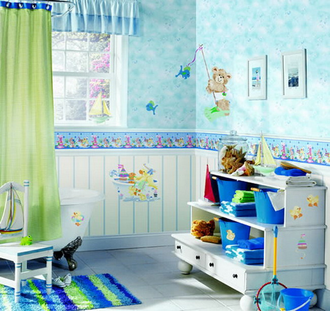 Colorful-Kids-Bathroom-Wall-Art-Ideas