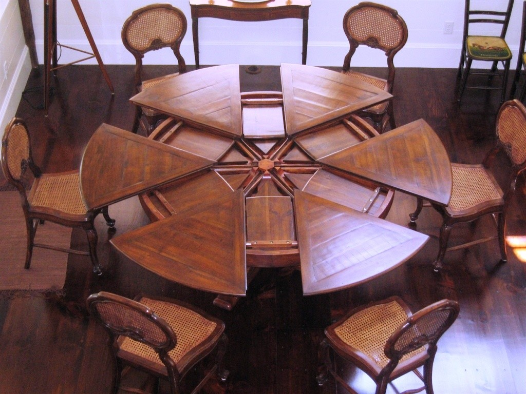 Kitchen-Dining-Tables-High-End-Dining-Furniture-Home-Design