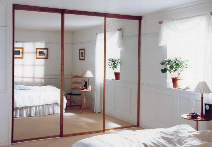 Photo-02-Sliding-Mirror-Closet-Doors-for-Bedrooms