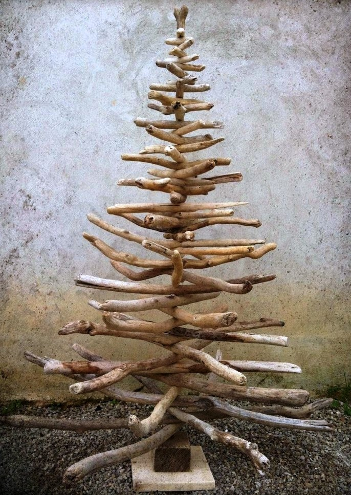 Shabby-Chic-Driftwood-Christmas-Tree-from-Etsy