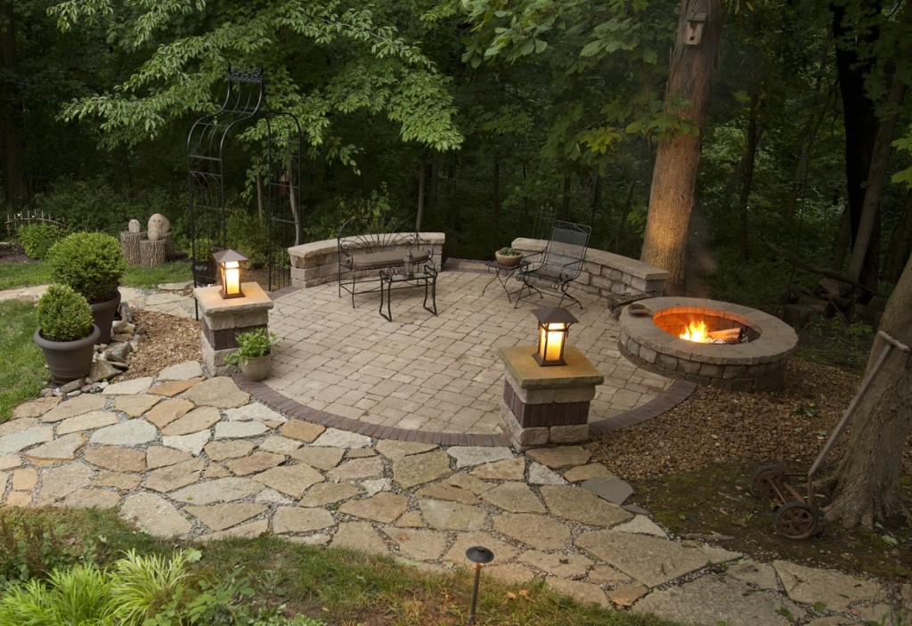 Stunning-Fire-Pit-Garden-Ideas-Design