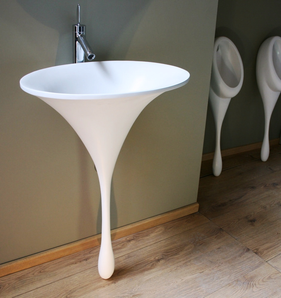 Unusual-bathroom-basin_