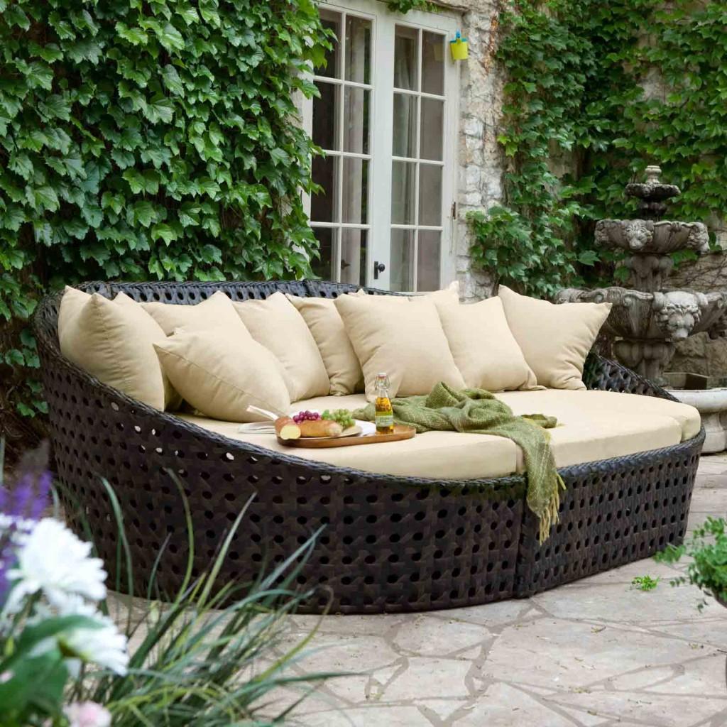 Wonderful-Outdoor-Furniture-Sets-Woven-Rattan-Sofa-Design-Ideas