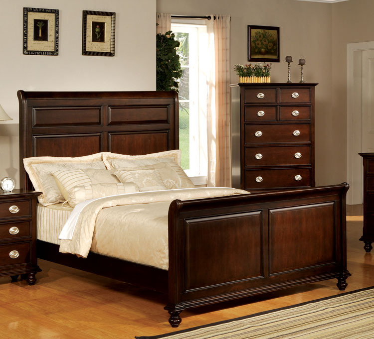21 marvelous bedroom designs with sleigh beds for Bedroom designs with sleigh beds