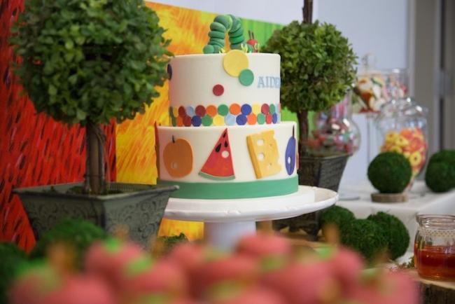 boys-hungry-caterpillar-themed-birthday-party-dessert-table-deco
