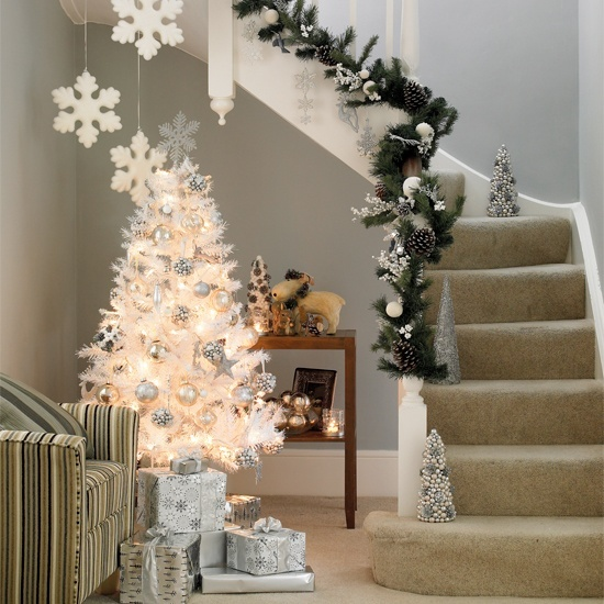 christmas-stairs-decoration-ideas-