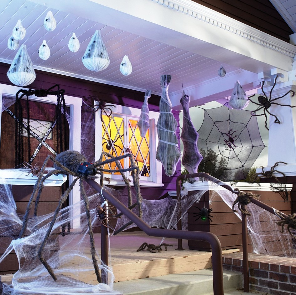 decoration-ideas-enchanting-spooky-spider-porch-halloween-indoor-halloween-decorations