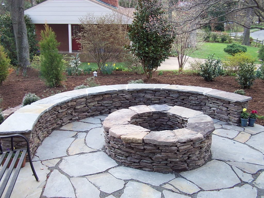 diy-cheap-outdoor-fire-pit-design-area-