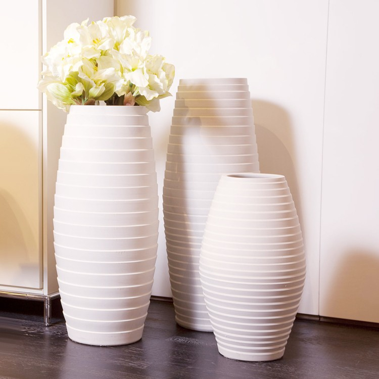 14 awesome decorative vase designs for Decoration vase