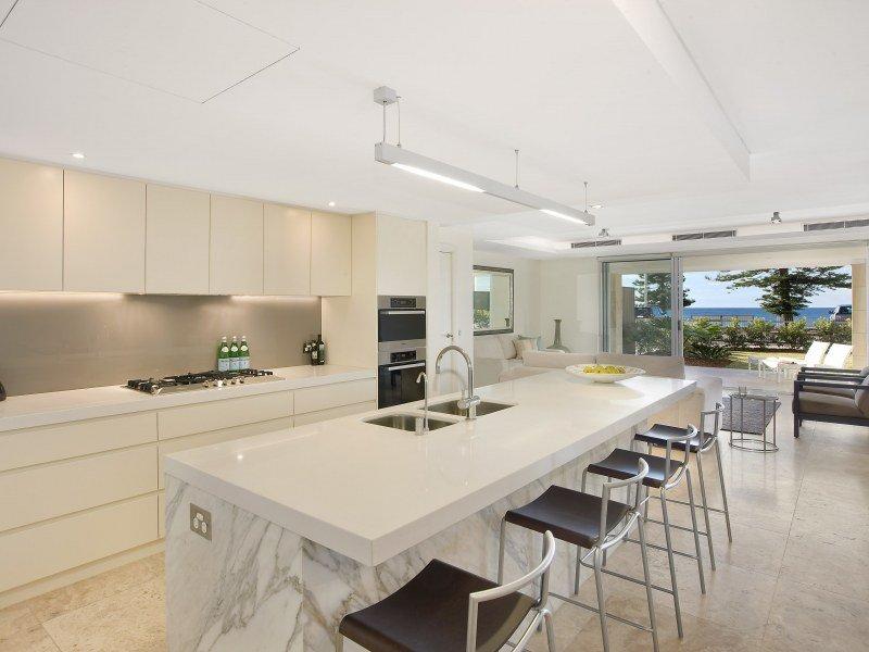 30 Modern Marble Kitchen Design Ideas