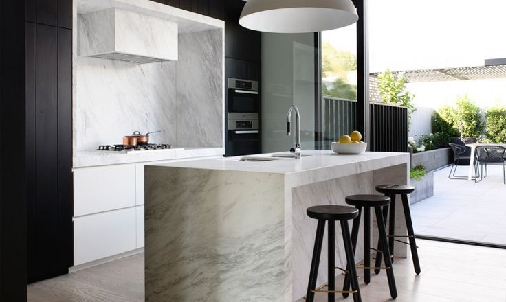 marble kitchen with mini bar