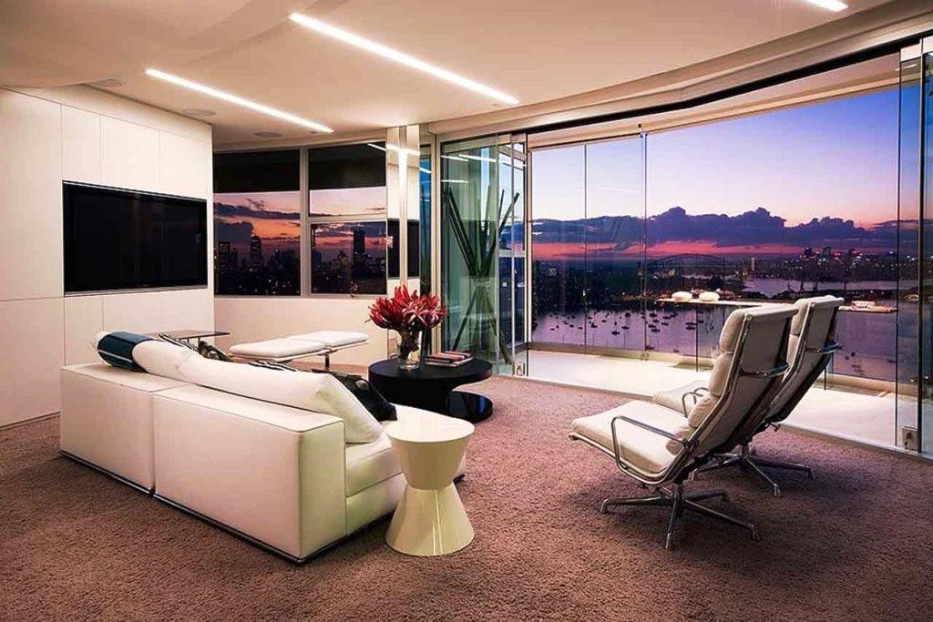 nice-modern-apartment-with-set-design