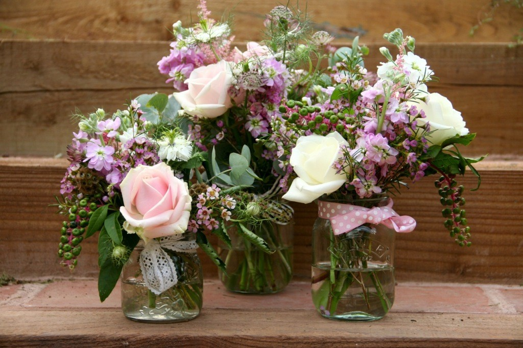 30 Amazing Vintage Flower Arrangements