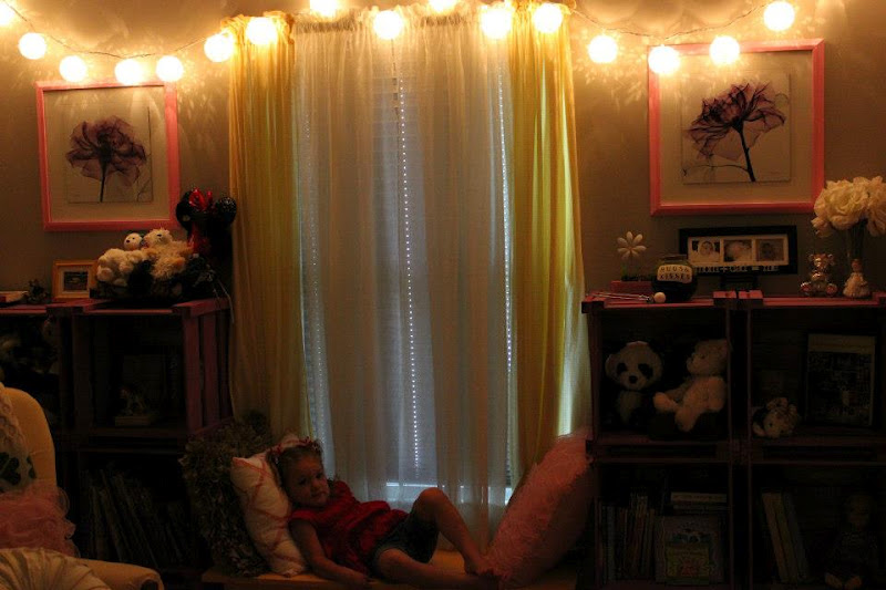 20 stylish canopies for string light for a beautiful room. Black Bedroom Furniture Sets. Home Design Ideas