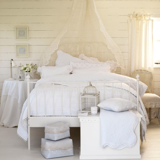 Country-White-Bedroom-Ideal-Home