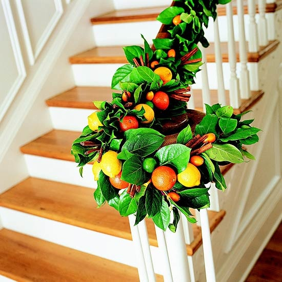 christmas-stairs-decoration-ideas-30
