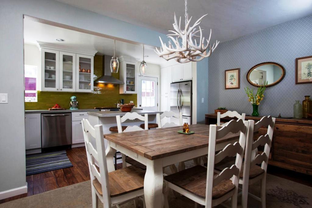dining-room-antler-chandelier_