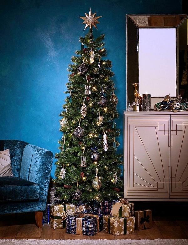 pencil-Christmas-tree-ideas-space-saving-ideas-Christmas-trees-ideas