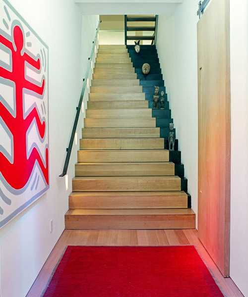 21 Attractive Painted Stairs Ideas Pictures