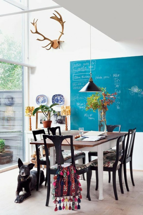 awesome-and-colorful-dining-room-decoration
