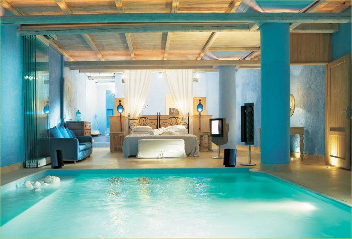 Here's another gorgeous pool bedroom