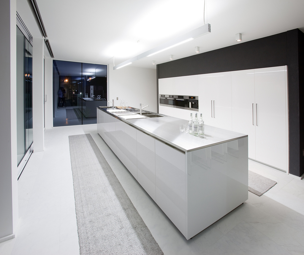 Modern Kitchen Pictures: 25 Luxury Modern Kitchen Designs