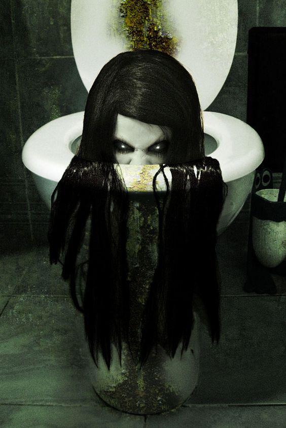 Creepy Ring Halloween Decoration Ideas